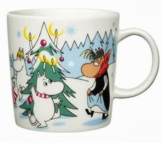 muki-kuusen-alla-talvisesonki Candle Holder Decor, Nordic Christmas, Christmas Mugs, Christmas Stuff, Christmas Trees, China Dinnerware, Moomin Mugs, Mug Tree, Tove Jansson