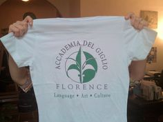 Study Italian with our t-shirt!
