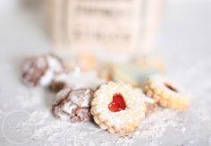Spitzbuben - typische Schweizer Weihnachtsguetsli :: Typically Swiss Christmas cookies