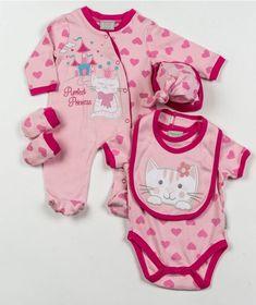 Подарочный комплект 5 предметов для новорожденных (девочка): слип, боди, царапки, нагрудник, шапочка. На вешалке, в сетчатом мешке. Размеры 0-3, 3-6 мес. Великобритания, AADVARK.