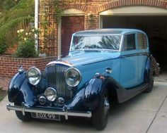 1939 Overdrive High-Vision Saloon by H.J. Mulliner (chassis B102MR)