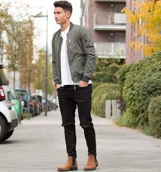 Best Men's Bomber Jackets Collection For This Fall 2018 2 - Man Cool Winter, Bomber Jacket Men, Sporty Outfits, Men's Outfits, Fashionable Outfits, Look Fashion, Fall Fashion, Fashion Men, Fashion Photo