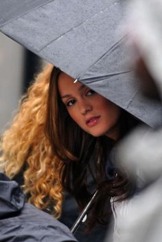 """Leighton Meester portrays the character of Blair Waldorf in the episode """"Pret-a-Poor-J""""......  goregous."""