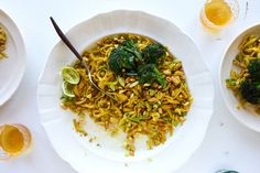 Sunshine Pad Thai (Vegetarian) (use coconut aminos instead of soy sauce, should work well)