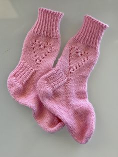 This shop is all about beautifully hand knitted socks. Knitting Socks, Hand Knitting, Woolen Socks, Cute Socks, Love Heart, Absolutely Gorgeous, Little Girls, Toe, Flat