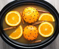 Slow Cooker Mulled Cider is perfect for those chilly Fall days! | http://Tastefulventure.com