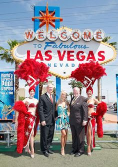Holly Madison at the Las Vegas Sign