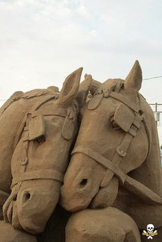 Horse sand art sculptures