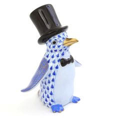 Herend Tuxedo Penguin figurine handmade and hand painted made from the finest porcelain available at Herendstore. Penguin Art, Fine Porcelain, Painted Porcelain, Glass Animals, Fishnet, Glass Art, Blue And White, Birds, Hand Painted