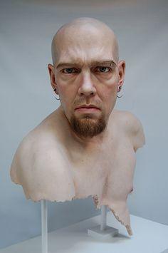 The eerily realistic sculptures of Jamie Salmon