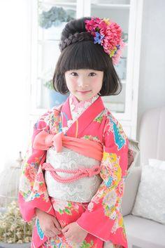 7-71-2 苺みるく(いちごみるく) Japanese Costume, Japanese Kimono, Japanese Girl, Oriental Fashion, Asian Fashion, Geisha, Childrens Hairstyles, Culture Clothing, Asian Kids
