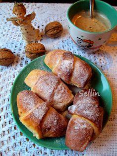 Рогалики з заварною горіховою начинкою Pretzel Bites, Bread, Food, Brot, Essen, Baking, Meals, Breads, Buns
