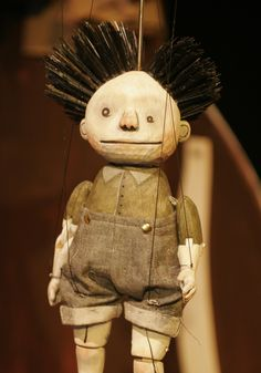 Boy from Oddly (2015) Norwich Puppet Theatre. Directed by Joy Haynes. Puppet designed and made by Gretchen Maynard-Hahn.