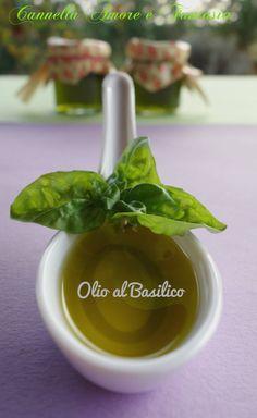 Come preparare l'olio al basilico