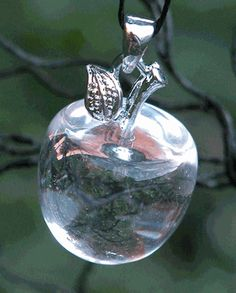 Snow Queen Witches Apple Pendant - Quartz Crystal - pagan wiccan witchcraft magick ritual supplies