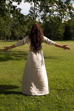 Viking serk- 100 % Lin. Viking kjole. Linkjole i natur og skagenblå. Vil du se…