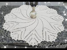 Crochet Tablecloth, Crochet Doilies, Crochet Hats, Crochet Rug Patterns, Crochet Mandala, Diy And Crafts, Knitting, Youtube, Round Tablecloth