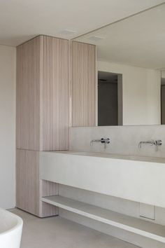 Bathroom - Apartment R-8300 in Belgium by Nathalie Deboel , executed by Deco-Lust - photography by Cafeine