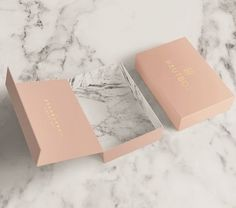 source : behance  _  hautbox by yeal saferstein, florida curated by packaging diva