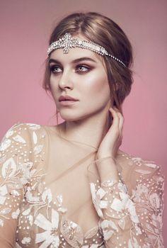 Tiera Skovbye simple background gray eyes see-through blouse smoky eyes Great Gatsby Headpiece, Headpiece Wedding, Bridal Headpieces, Wedding Veils, Tiera Skovbye, Blush Bridal, Bridal Hair, Boho Bride, Bridal Beauty