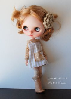 Blythe dress outfit: dress, boots and stockings by juliettaexussetta on Etsy
