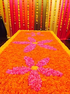Emirati wedding in #desistyle #floral #design #colorful #interiors