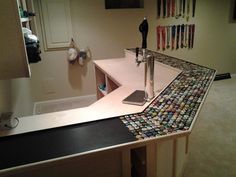 Turn my half wall into a breakfast bar kitchen ideas for Beer cap bar top