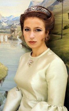 Princess Anne, 21st birthday photos, meander tiara