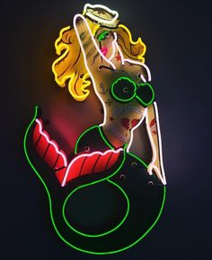 Loving this Tattoo-style mermaid. Pin Up Girls, Neon Colors, Colours, The Wicked The Divine, Neon Sign Art, Neon Words, Vintage Neon Signs, Neon Aesthetic, Neon Glow