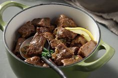 Μοσχάρι ριγανάτο στην κατσαρόλα - Συνταγές   γαστρονόμος