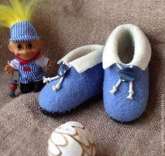 """Купить Тапочки детские валяные синие """"Для милого мальчика"""" - голубой, тапочки домашние"""