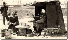 Natali AVAZYAN @NataliAVAZYAN  ·  Sep 28 Ayakkabı tamircisi - 1920 ler