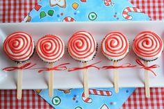 Cupcakes con aspecto de caramelos artesanales, ideas para una fiesta temática de caramelos. #CupcakesParaFiestas