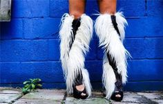 funky shoes 6 Must take balance to walk in those (22 photos)