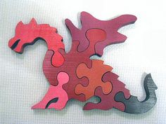 red dragon puzzle - makes me want a scroll saw!