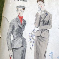 1950s Vintage Sewing Pattern  Vogue 7698  Suit by SelvedgeShop