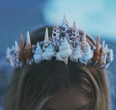 It's not your fault you got plucked from the sea.Mermaid Crowns are the new flower crowns. Mermaid Crown, Mermaid Beach, Mermaid Headpiece, Mermaid Skin, Mermaid Wedding, Halloween Makeup, Halloween Costumes, Women Halloween, Halloween Halloween