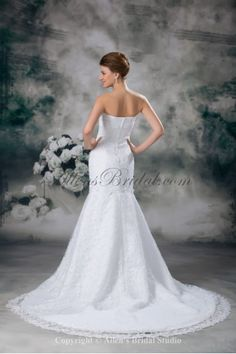 Lace Strapless Sweep Train Mermaid Embroidered Wedding Dress