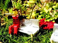 Τι αλλάζει για τα τσιγαρόχαρτα στην Ελλάδα: Η νέα νομοθεσία φέρνει ανατροπές για τα τσιγαρόχαρτα στριφτoύ στην Ελλάδα! Συγκεκριμένα, από 1/1/2015 όλες οι εισαγόμενες μάρκες τσιγαρόχαρτου γιαστριφτό (RIZLA, Smoking, Pure Hemp, OCB, κ.λ.π) θα πρέπεινα εχουν στο πακέτο ενδείξεις στ