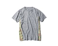 SOPHNET. CAMOUFLAGE SIDE PANEL TEE