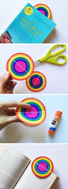 Make this colorful rainbow bookmark (Free printable) | Live Colorful