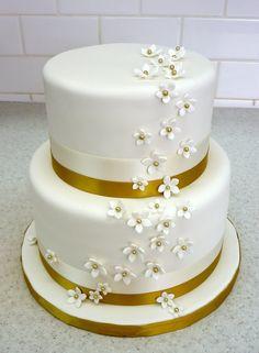 50th Anniversary Cake w/ gold-centered stephanotis | Flickr - Photo Sharing!