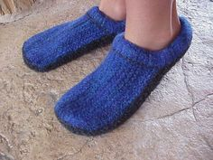 Name: 'Knitting : Felted Clogs made Easy! Clog Slippers, Knitted Slippers, Knitting Socks, Knit Socks, Baby Booties, Make It Simple, Clogs, Knitting Patterns, Booty