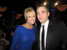 Rob with journalist Nancy O'Dell at the Golden Globes 2013 after-party