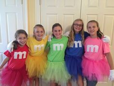 M & m group costume! – Silvia M & m group costume! M & m group costume! 4 People Halloween Costumes, 4 Person Halloween Costumes, Halloween Outfits, Halloween Ideas, Halloween 2018, Halloween Gifts, Fall Halloween, Halloween Makeup, Happy Halloween