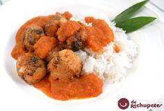 Una opción fantástica para comer albóndigas vegetales, de tomate. Conoce la cocina griega! com http://www.recetasderechupete.com/receta-de-pseftokefedes-o-albondigas-de-tomate-griegas/732/ #Albóndigas