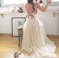 Wedding gown by Madameshoushou