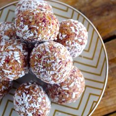Raw Vanilla Cranberry Coconut Cashews bites ♥  Ingredients      1 cup raw cashews     1 cup pitted dates (soak in water first if not soft)     ½ cup dried cranberries     ½ cup + 2 tablespoons unsweetened shredded coconut     2 scoops North Coast Naturals Vanilla Iso-Protein     1-2 tablespoons water or unsweetened almond milk