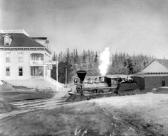 Train of Oregon and California Railroad in front of Aurora Hotel in Aurora, Oregon, 1883 :: Ben Maxwell Collection