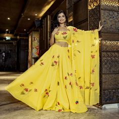 Cotton Lehenga, Cotton Gowns, Lehenga Gown, Yellow Crop Top, Yellow Dress, Fabric Paint Designs, Bridesmaid Outfit, Yellow Fabric, Elegant Outfit
